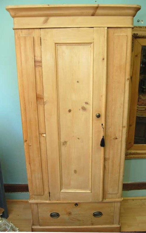 Pine Single Wardrobes With Most Current Victorian Pine Single Wardrobe – Antiques Atlas (View 10 of 15)