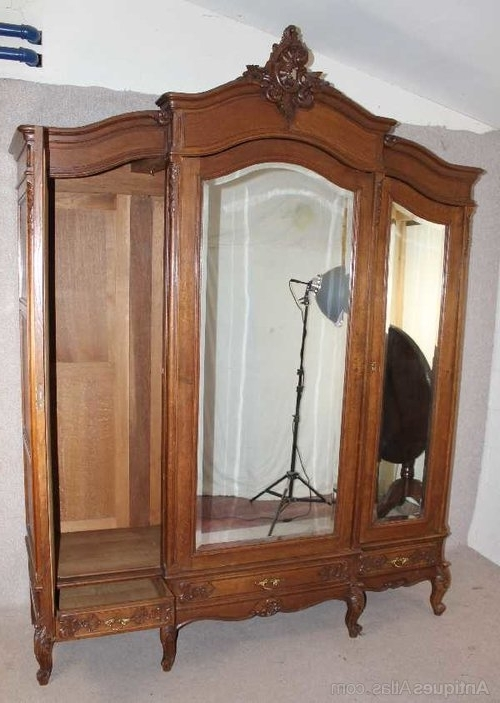 Popular Antiques Atlas – Oak 1940's French 3 Door Mirrored Armoire Throughout 3 Door French Wardrobes (View 10 of 15)