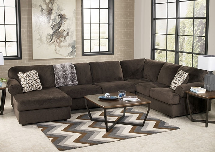 Popular Ivan Smith Jessa Place Chocolate Right Facing Chaise Sectional Throughout Ivan Smith Sectional Sofas (View 8 of 10)