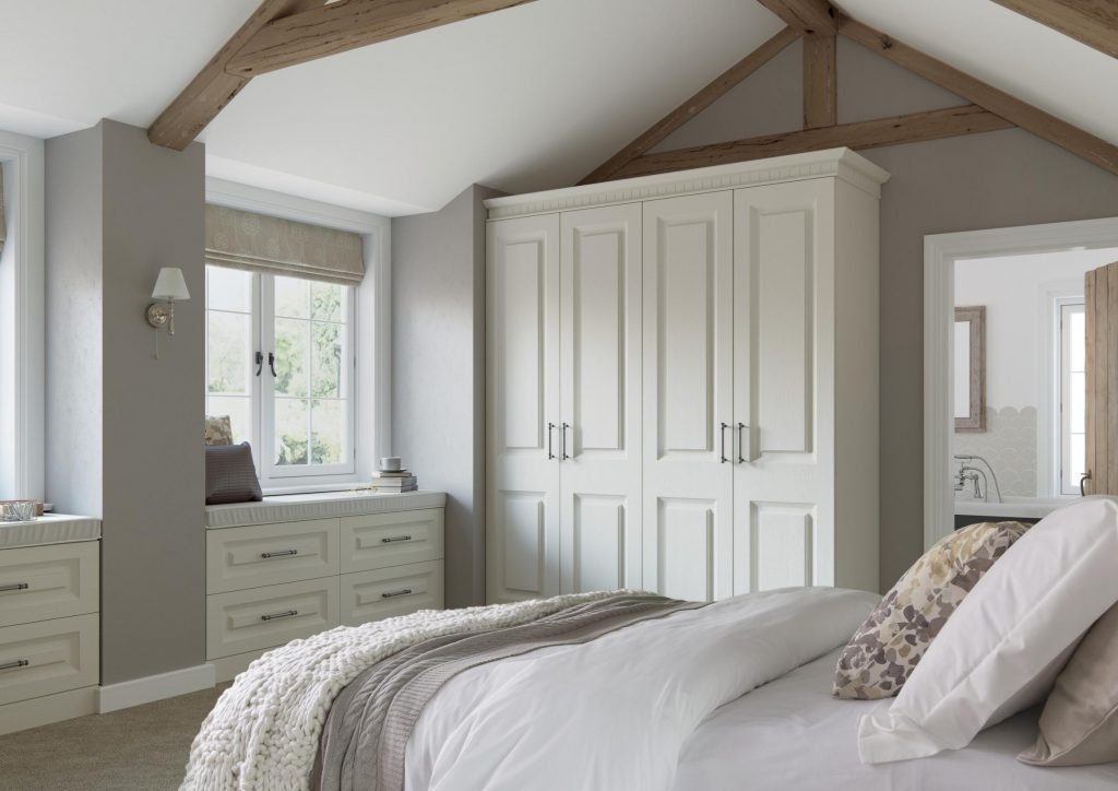 Popular Ivory Wardrobes With Traditional Wardrobes – Fumro Interiors – Walk In Wardrobes (View 15 of 15)