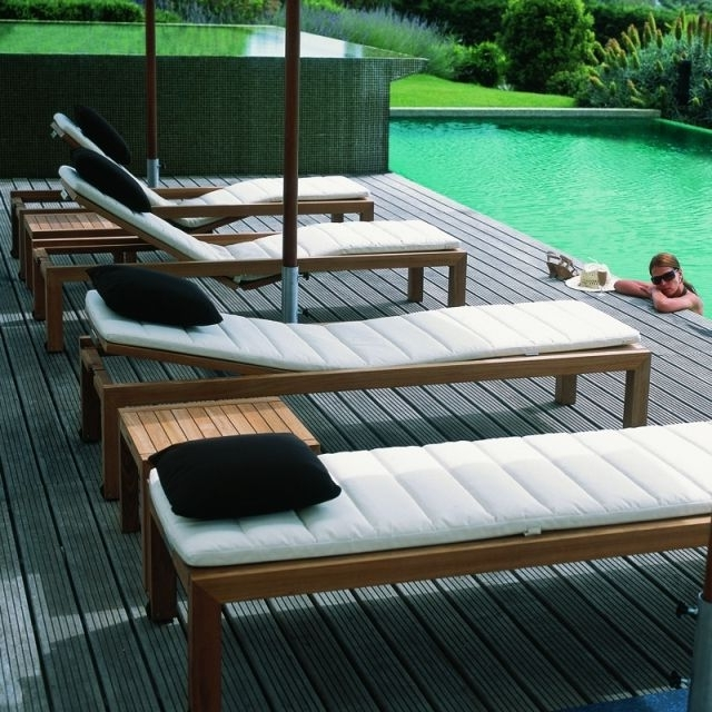Popular Pool Chaises Pertaining To 54 Best Lits Piscine, Chaises Longues Et Transats Images On (View 12 of 15)
