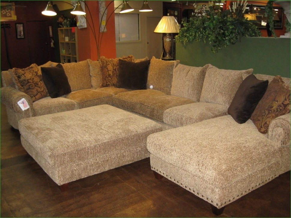 Popular Sofas With Large Ottoman Within Sofas Center Large Sectional Sofa With Ottoman Inspiring Pit (View 5 of 10)