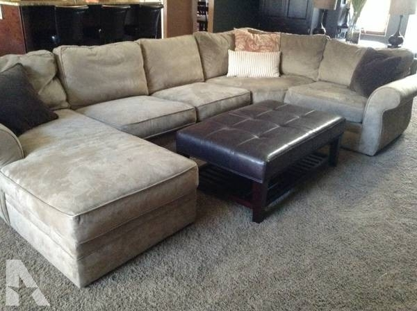 Featured Photo of Michigan Sectional Sofas