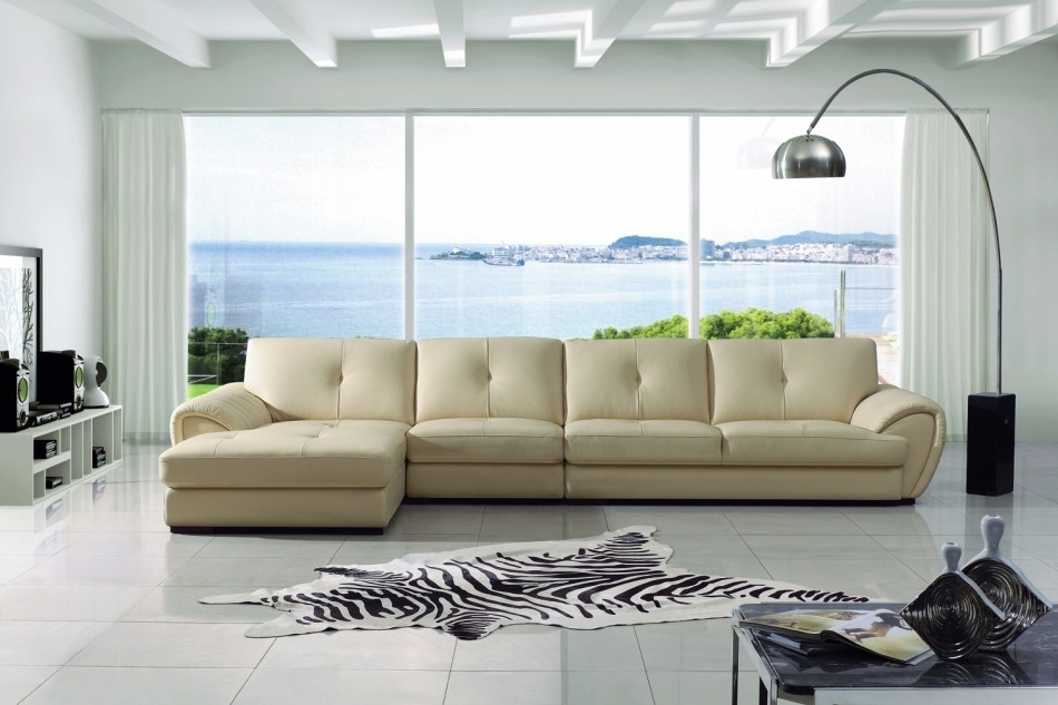 Preferred Attractive Modern Cream Leather Sectional Sofa At Sofas In Vt Sectional Sofas (View 6 of 10)