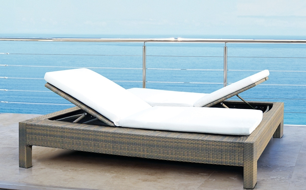 Preferred Chaise Lounge Sun Chairs In Mezzo Double Sun Lounger (View 11 of 15)