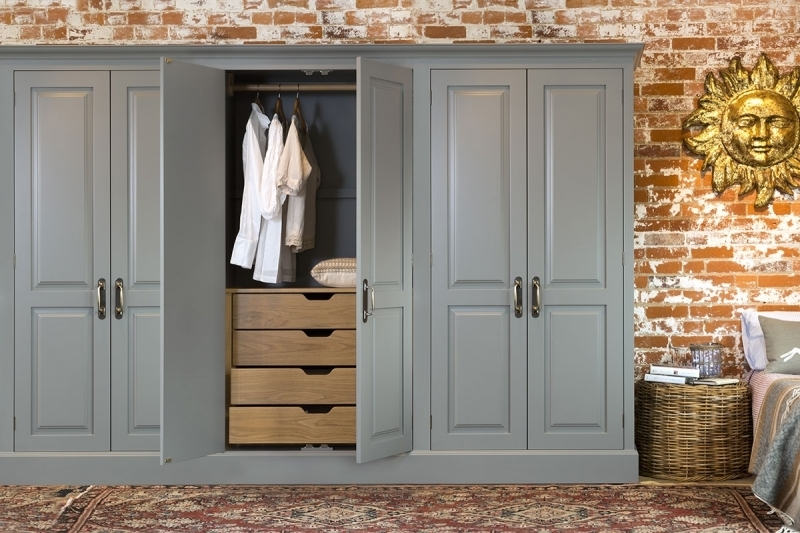 Preferred Grey Finishing Built In Wardrobe With Wooden Unfinished Drawer For Throughout Vintage Style Wardrobes (View 6 of 15)