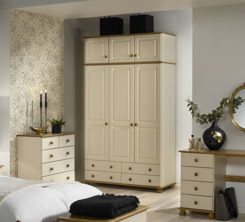 Recent 3 Door Wardrobe – Cream & Pine – Steens Richmond Within Richmond Wardrobes (View 6 of 15)