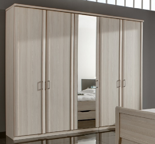 Recent 5 Door Wardrobes For Wiemann Luxor 5 Door Wardrobe (View 11 of 15)