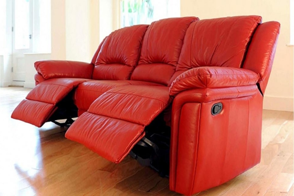 Red Leather Reclining Sofas And Loveseats Within Favorite Sofa : Fearsome Red Leather Reclining Sofa Picture Ideas Power (View 10 of 17)