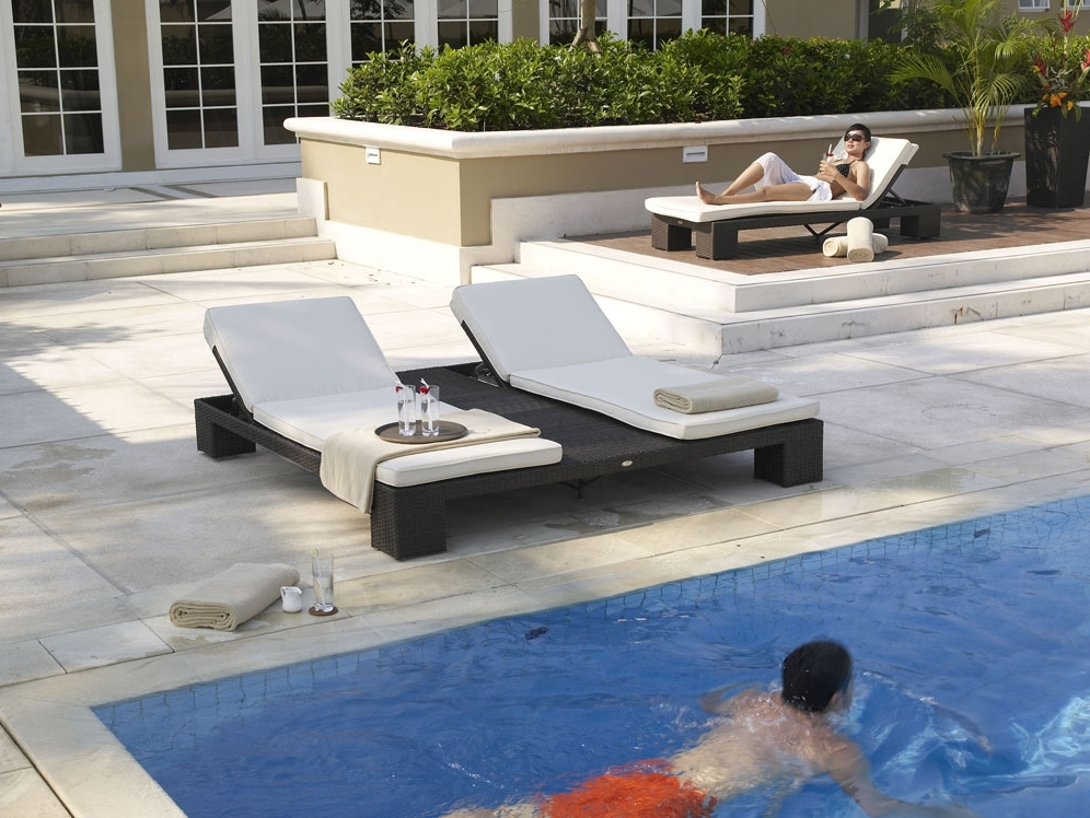 Relaxing Outdoor Chaise Lounge Chairs — Optimizing Home Decor Ideas Regarding Recent Hotel Pool Chaise Lounge Chairs (View 11 of 15)