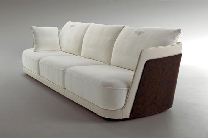 Richmond Sofas Pertaining To Fashionable Bentley Richmond Sofa (700×467) (View 8 of 10)