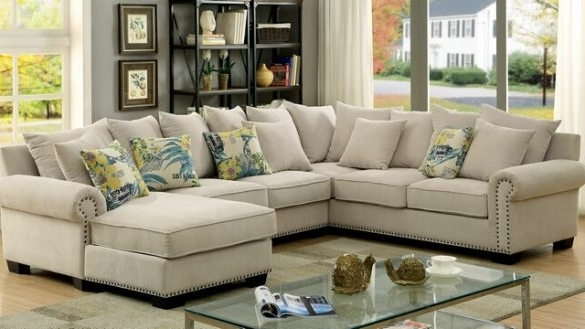 Salevbags For Famous Sectional Sofas With Nailhead Trim (View 2 of 10)