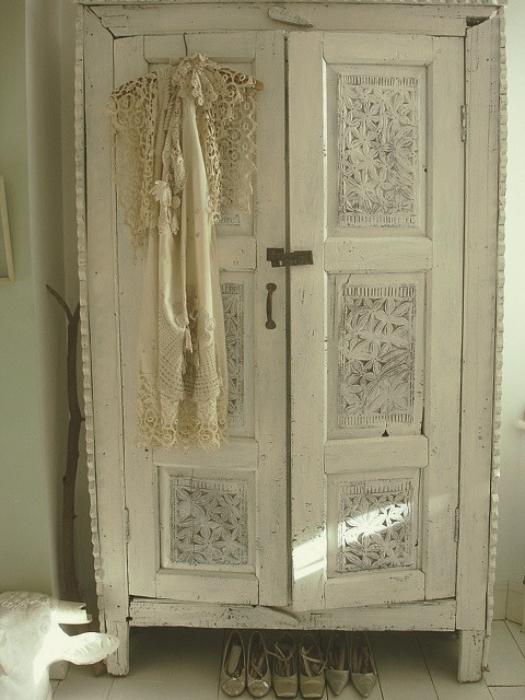 Shabby Chic Wardrobe (View 8 of 15)