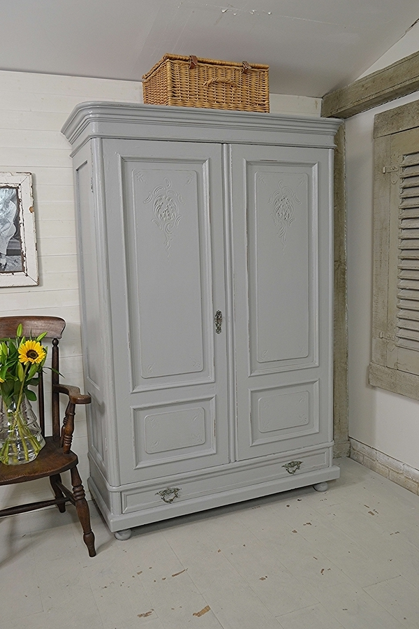 Shabby Chic Wardrobes Regarding Most Recently Released Large Dutch Shabby Chic Rustic Wardrobe (View 9 of 15)