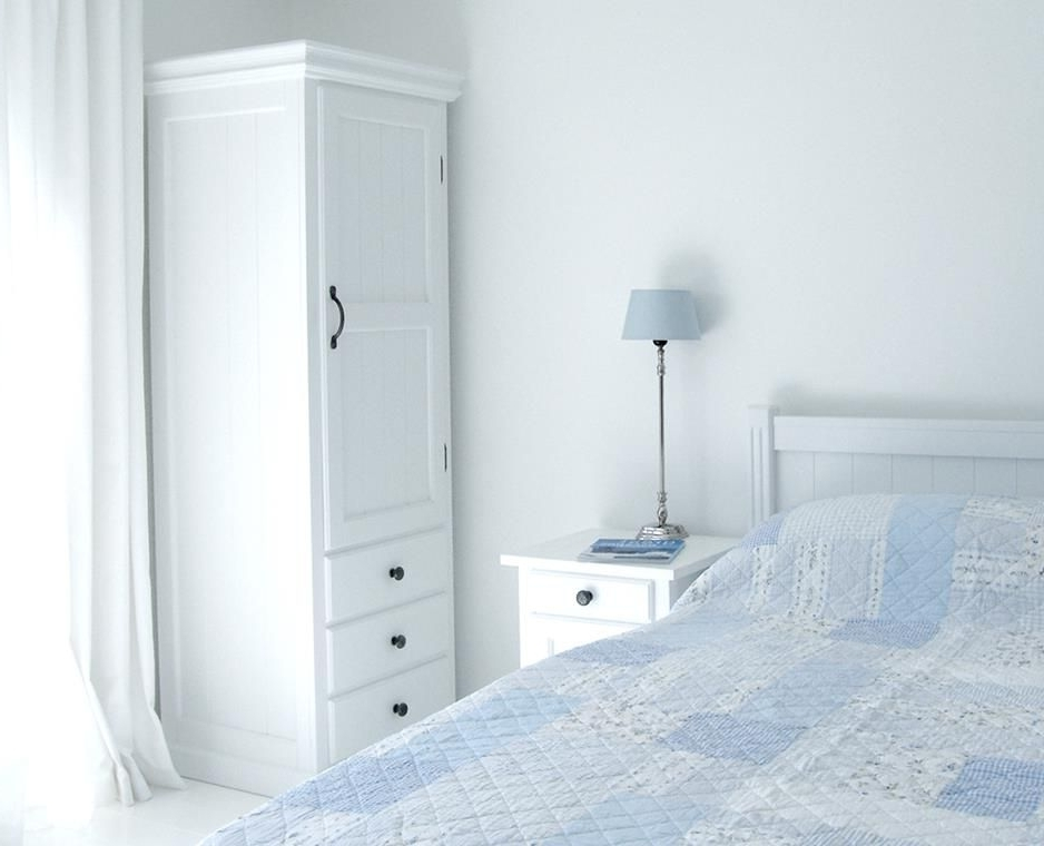 Single White Wardrobes With Regard To Fashionable New England Single Wardrobe With Drawers (View 6 of 15)