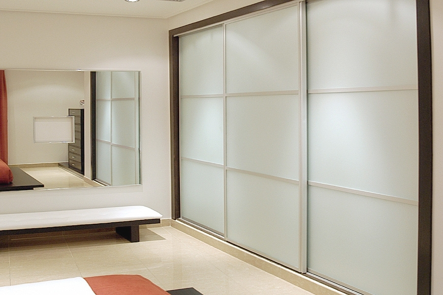 Sliding Wardrobe Doors In White Gloss, White Glass And White Matte (View 7 of 15)