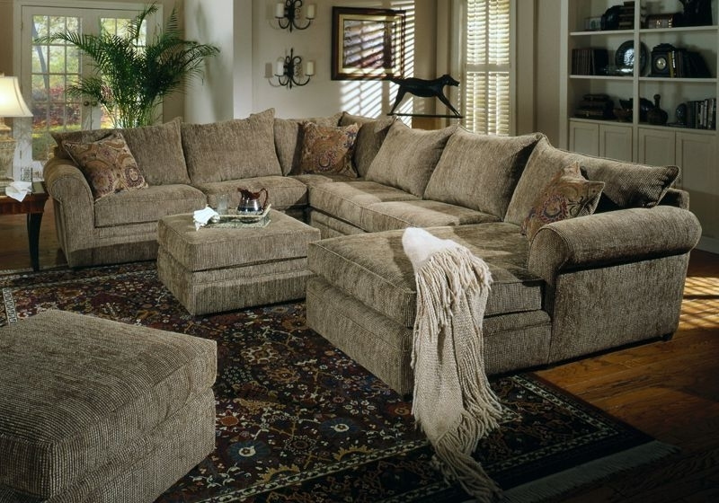 Sofa Beds Design: Mesmerizing Traditional Sofa Sectionals With Pertaining To Most Current Sectionals With Chaise (View 15 of 15)