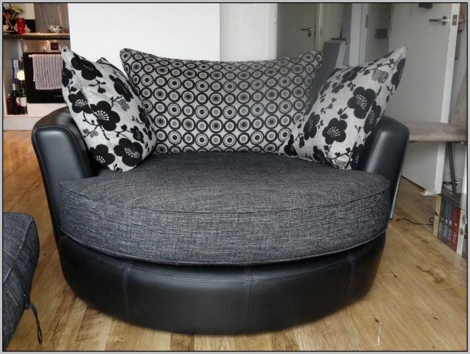 Sofa : Exquisite Round Sofa Chair Living Room Furniture Black Pertaining To Famous Circular Sofa Chairs (View 4 of 10)