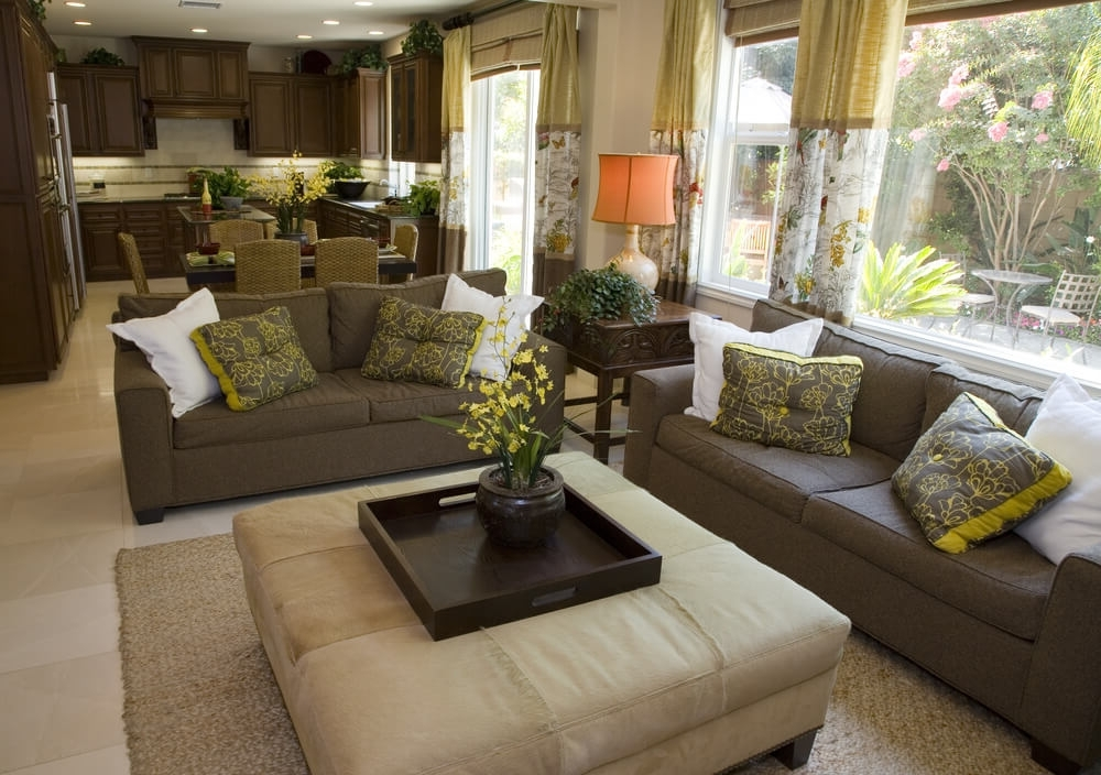 Sofas With Large Ottoman Inside Current Beautiful Living Rooms With Ottoman Coffee Tables (View 4 of 10)