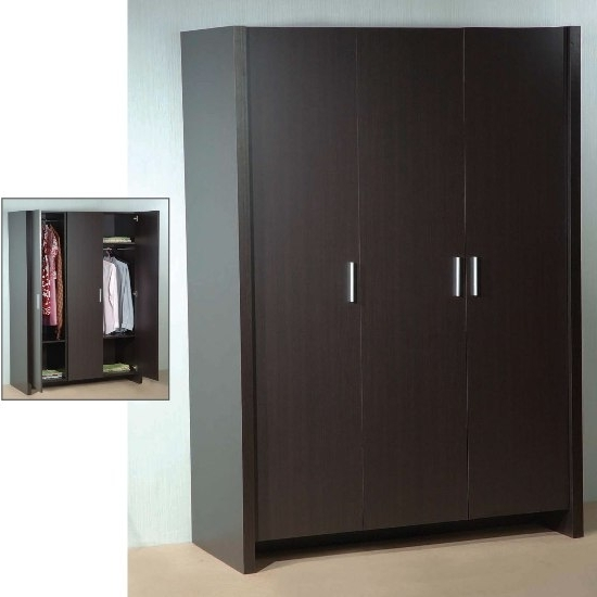 Standing 3 Door Wardrobe Hpd317 – Free Standing Wardrobes – Al Intended For Famous 3 Door Wardrobes (View 13 of 15)