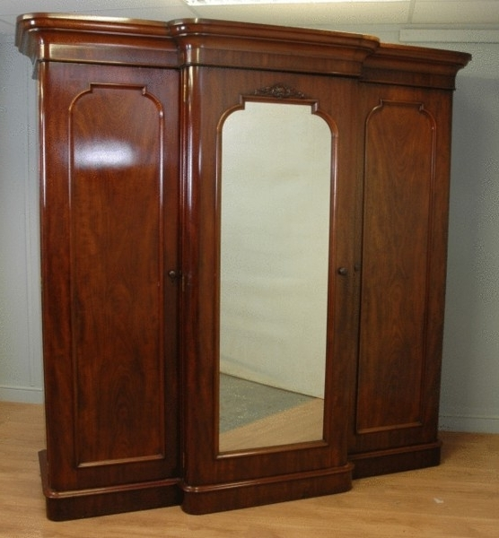 Superb Quality Large Break Fronted Antique Mahogany Triple In Well Known Antique Triple Wardrobes (View 12 of 15)