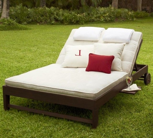 Traditional Double Chaise Lounge With Cushions For Outdoor With Regard To Famous Outdoor Chaise Lounges (View 14 of 15)