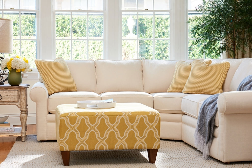 Trendy Kingston Sectional Sofas For Sectional Sofa – La Z Boy Of Ottawa / Kingston (View 5 of 10)