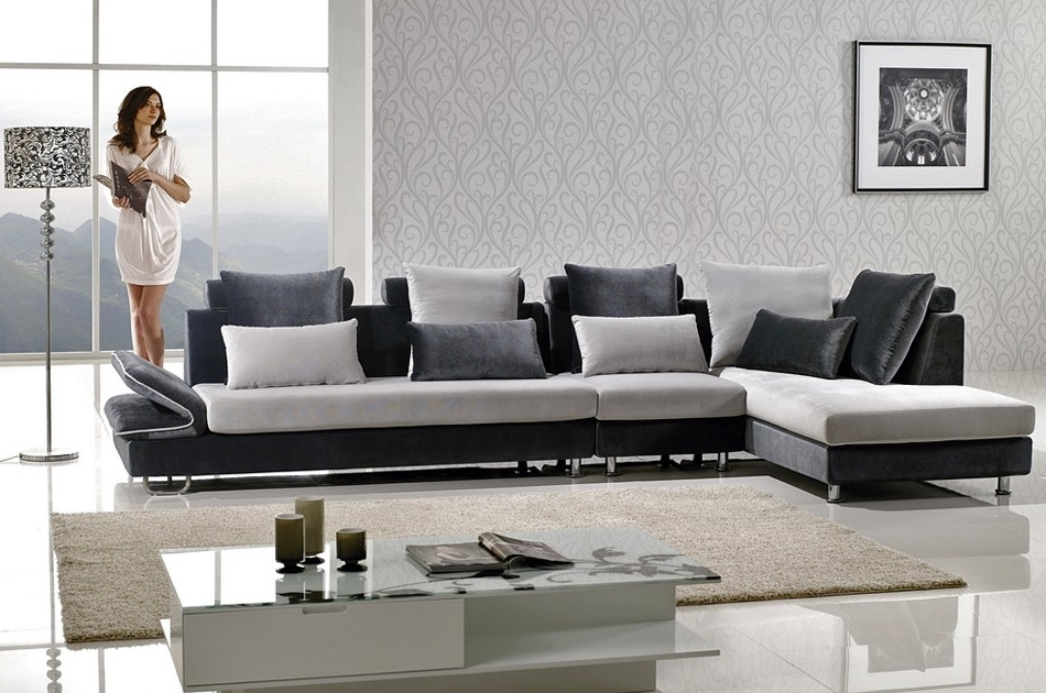 Two Tone Microfiber Sectional Sofa Throughout Latest Two Tone Sofas (View 7 of 10)