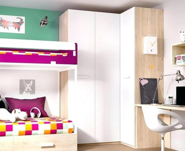 Wardrobes: White Corner Wardrobes (View 8 of 15)