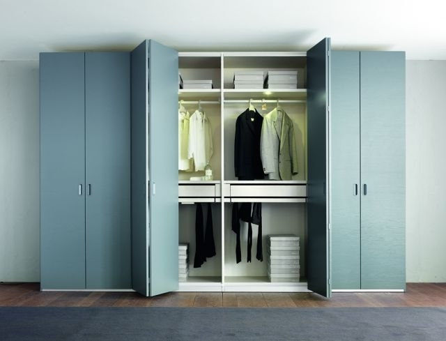 Wardrobes With The Folding Doors (View 15 of 15)
