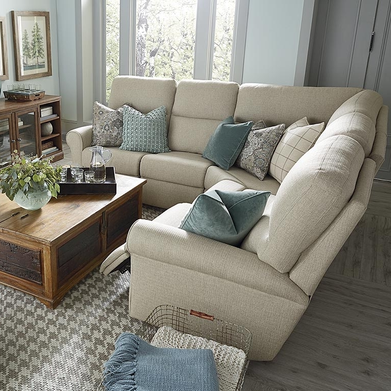 Well Known L Shaped Sectional Sofas Pertaining To Off White L Shaped Sectional (View 10 of 10)