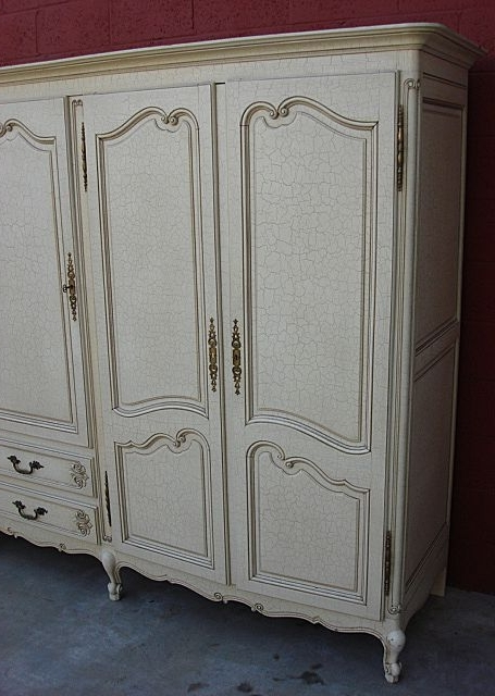 Well Known Large Shabby Chic Wardrobes Inside Home Design : Magnificent French Shabby Chic Wardrobes Kyx2E (View 15 of 15)