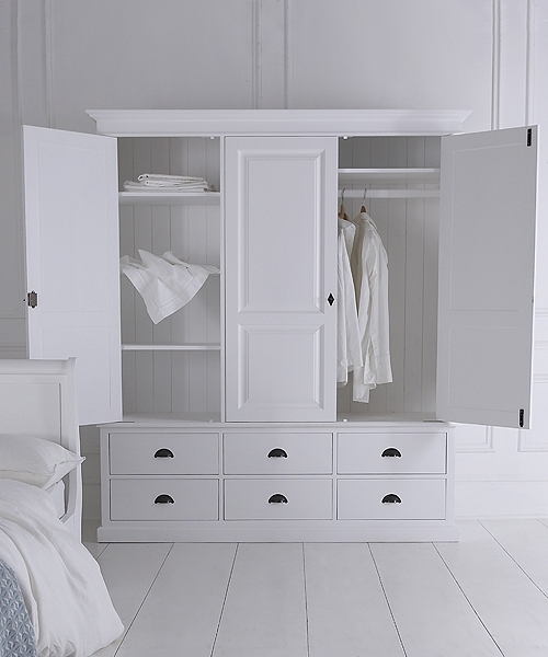 Well Known Triple Wardrobe With Six Drawers With Regard To Painted Triple Wardrobes (View 15 of 15)