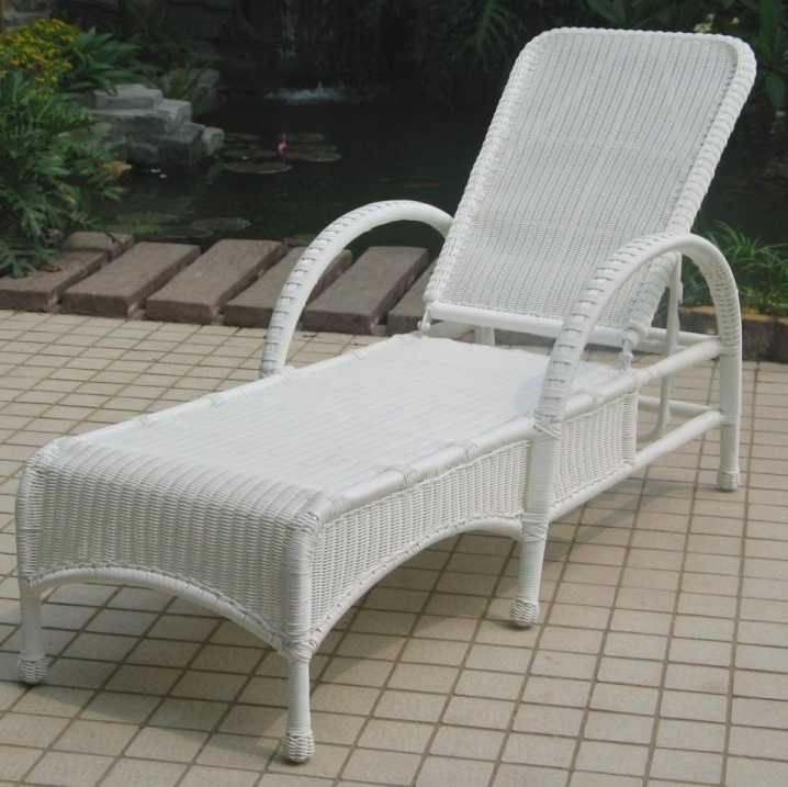 Well Known Wicker Chaise Lounge Chairs For Outdoor Inside Stylish Wicker Lounge Chairs With Resin Wicker Lounge Chairs (View 14 of 15)