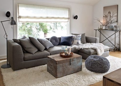 Well Liked Charcoal Grey Sofas Within What Color Rug Goes With A Grey Couch – Leola Tips (View 10 of 10)