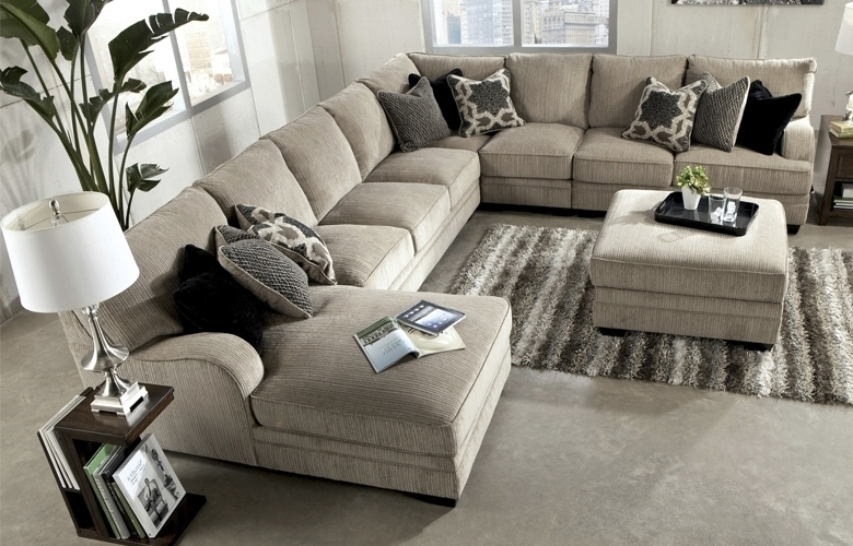 Well Liked Living Room Furniture Available At Hom Furniture, Furniture Stores Throughout Minneapolis Sectional Sofas (View 9 of 10)