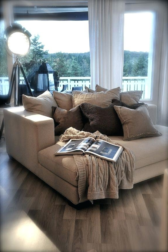 Well Liked Sofas With Oversized Pillows With Outstanding Big Couch Pillows – Vrogue Design (View 9 of 10)