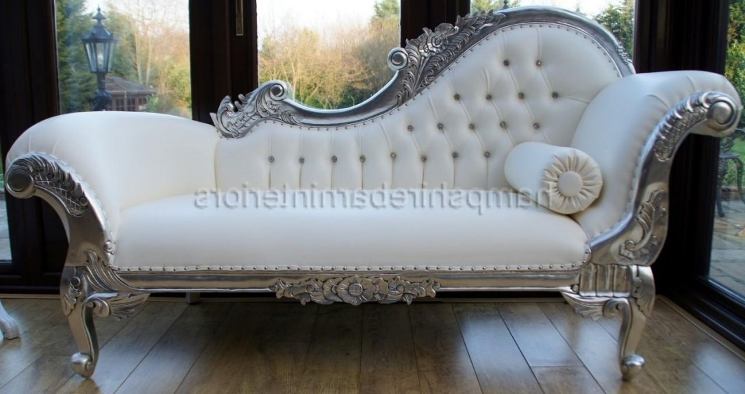 White Chaise Lounges Pertaining To 2018 White Chaise Lounge Sofa With Tufted Backrest And For Tufted (View 13 of 15)