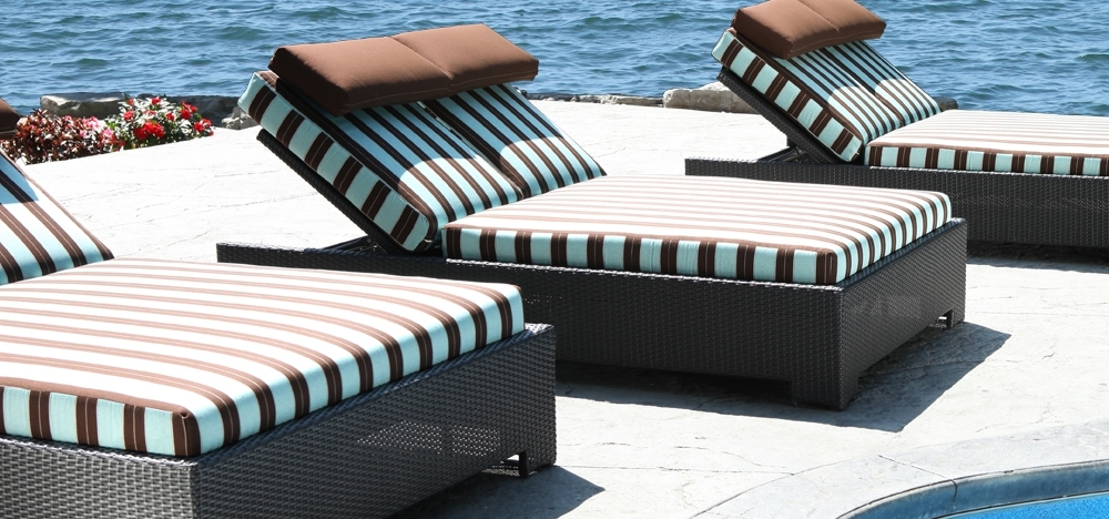 Widely Used Chaise Lounge Chairs In Canada Inside Outdoor Chaise Lounges Guide (View 15 of 15)