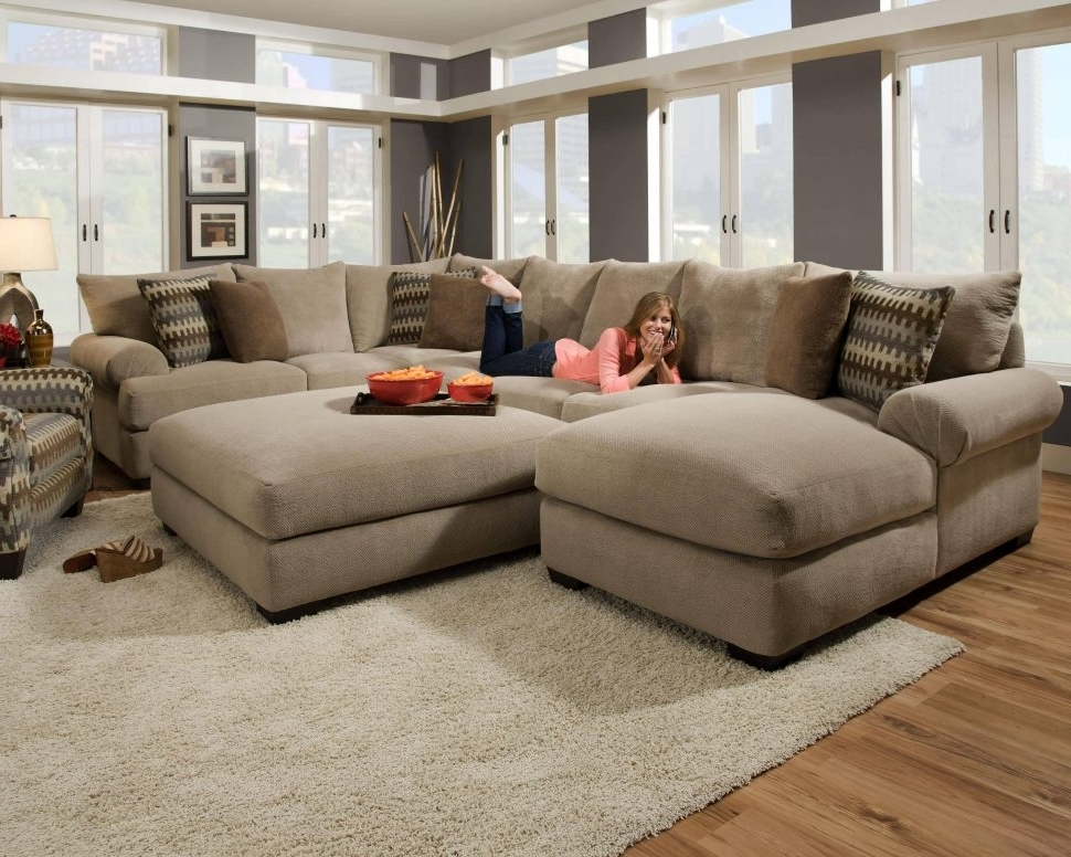 View Gallery of Oversized Sectionals With Chaise Showing 2 of 15
