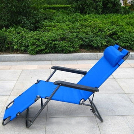 Wonderful Folding Chaise Lounge Chair Walmart Pool Lounge Chairs Within Preferred Folding Chaise Lounge Lawn Chairs (View 15 of 15)