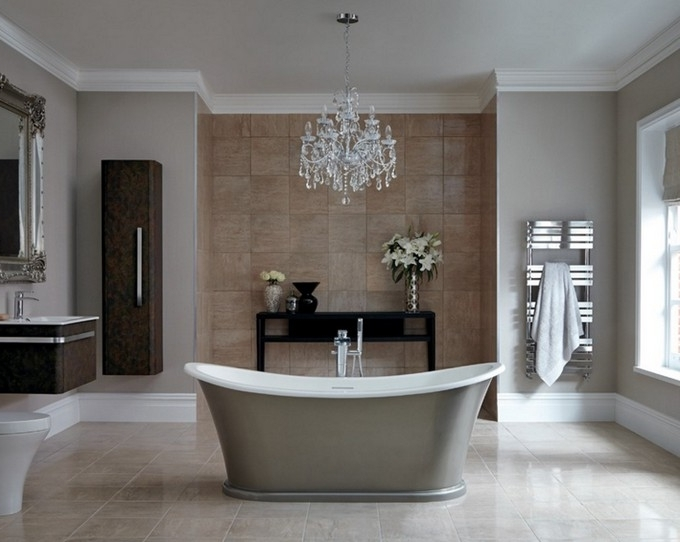 Best And Newest Chandelier In The Bathroom Regarding The Perfect Crystal Chandelier For Your Luxury Bathroom (View 1 of 10)
