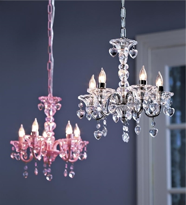 "Best And Newest Crystal"" Hearts Chandelier (View 1 of 10)"