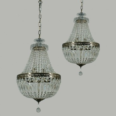 Brass And Crystal Chandelier Regarding Trendy L2 1826 Lode Le Pavillon Antique Brass Basket Crystal Chandelier (View 3 of 10)