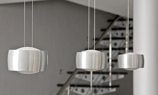 Current Contemporary Modern Chandeliers Intended For Using Contemporary Light Fixtures To Create Contemporary Lighting (View 4 of 10)