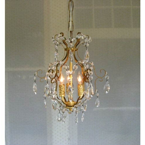Fashionable Mini Chandeliers (View 2 of 10)