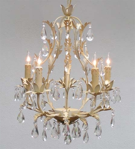 French Style Chandelier Pertaining To Famous Awesome Country French Chandeliers G7 White4075 Gallery Pertaining (View 6 of 10)