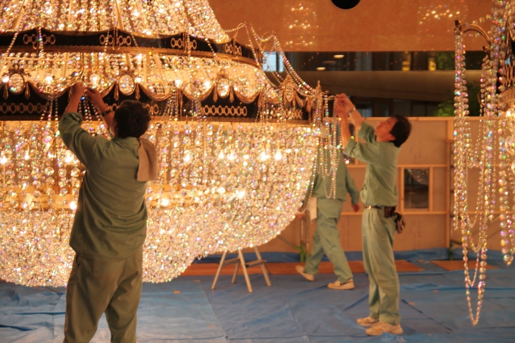Huge Chandeliers Within Most Recent See How A Huge Chandelier Is Cleaned; Yokohama To Host More (View 5 of 10)