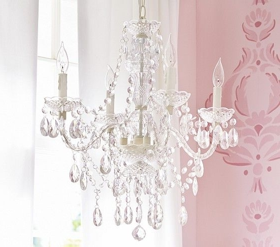 Featured Photo of Kids Bedroom Chandeliers