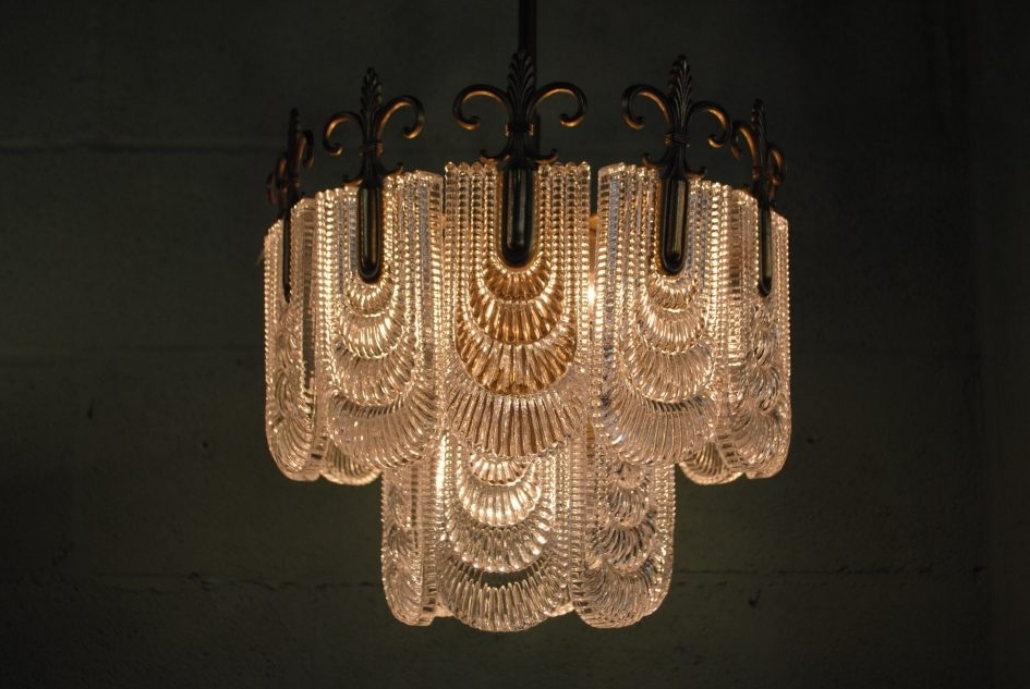 Most Popular Large Art Deco Chandelier With Regard To Architecture (View 5 of 10)